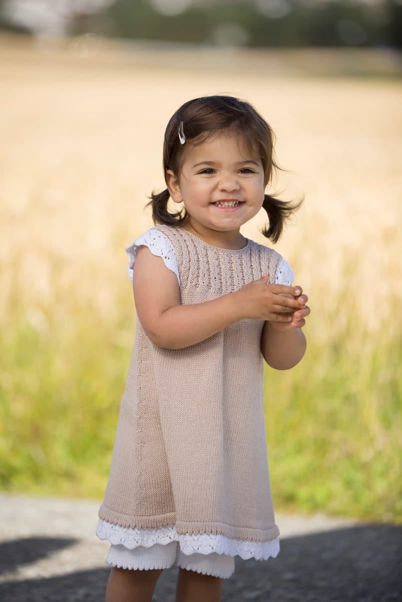 Strikkeopskrifter på Tunika Kjole og Nederdele til børn